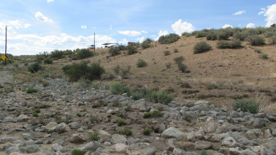 11470 E Kachina Dewey-Humboldt, AZ 86327 - MLS #: 980430