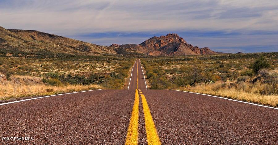 7825 S Rolling Hills Drive Kirkland, AZ 86332 - MLS #: 1007045
