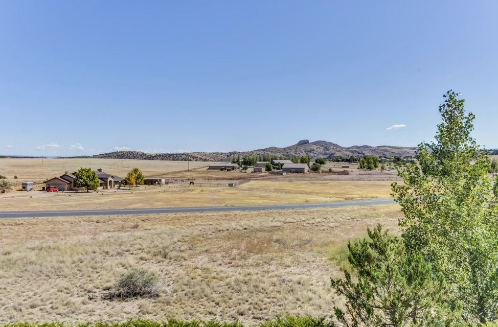 21210 N Hackamore Lane Paulden, AZ 86334 - MLS #: 1006284
