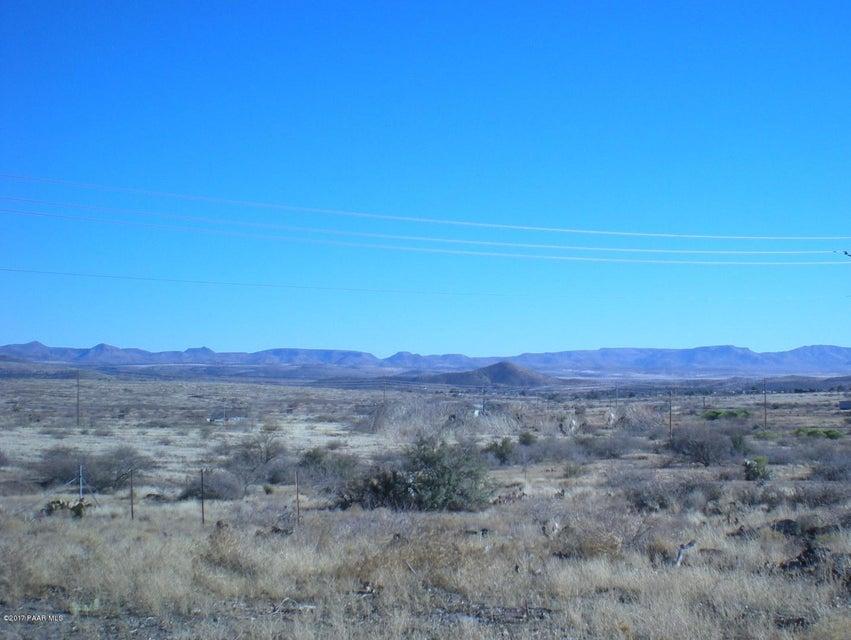 19788 E Emu Drive Cordes Junction, AZ 86333 - MLS #: 1007581