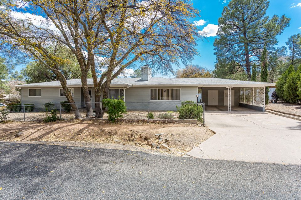 1007  Country Club Drive, Prescott Az 86303