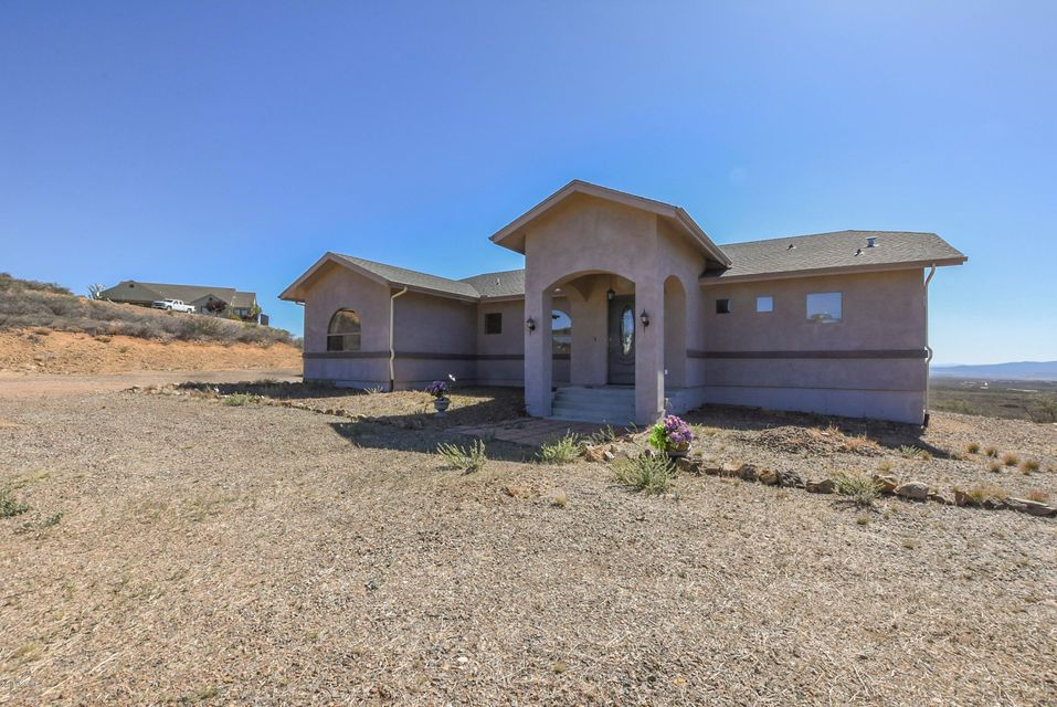 15970  Apple Tree Lane, Dewey-humboldt Az 86327