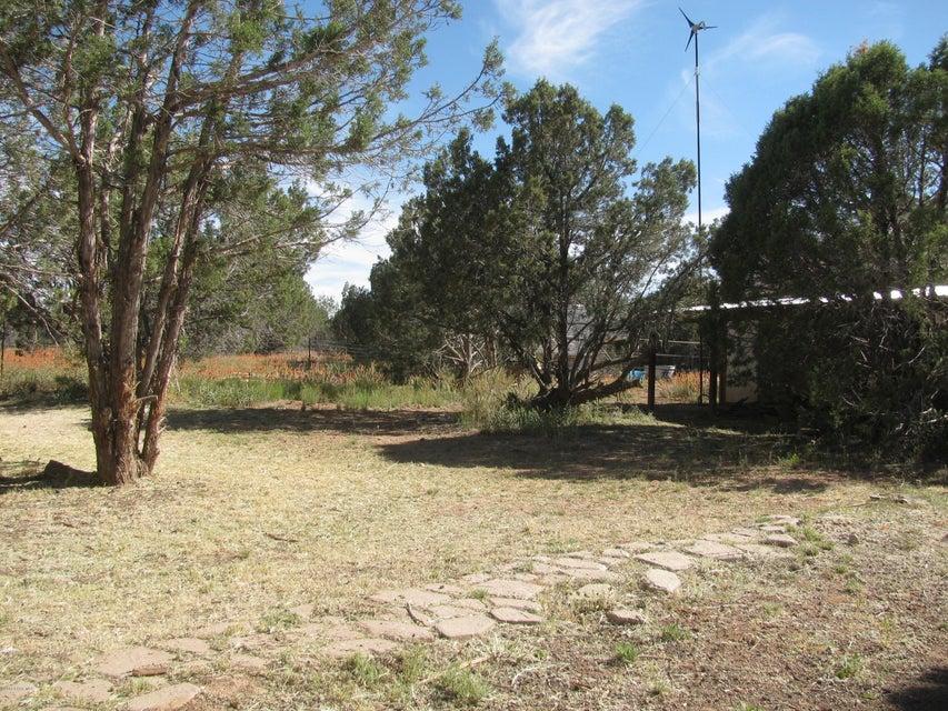 281 Off Of Bullock Road Ash Fork, AZ 86320 - MLS #: 1012036