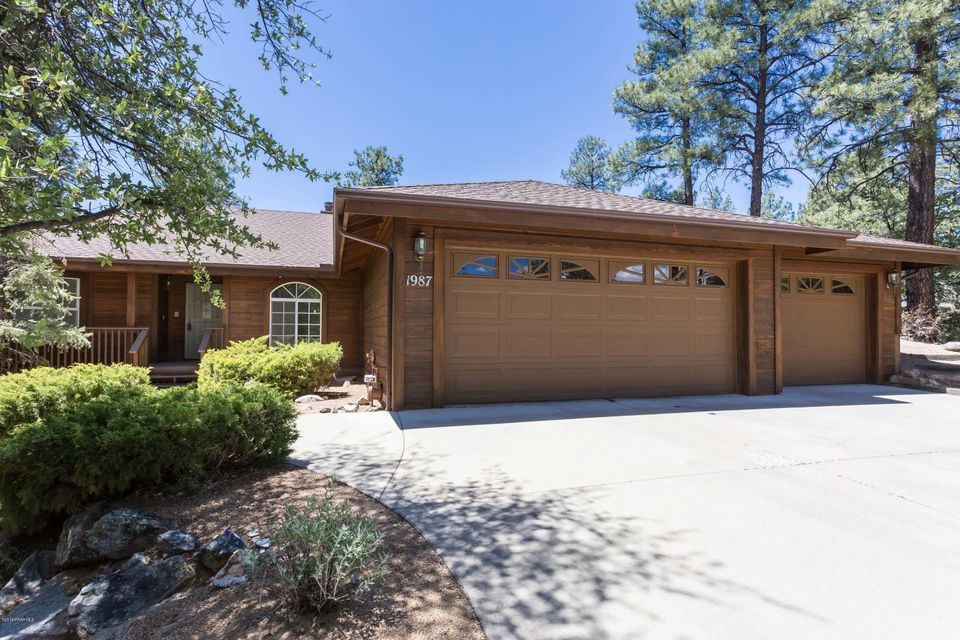 1987  Black Hawk Circle, Prescott Az 86303