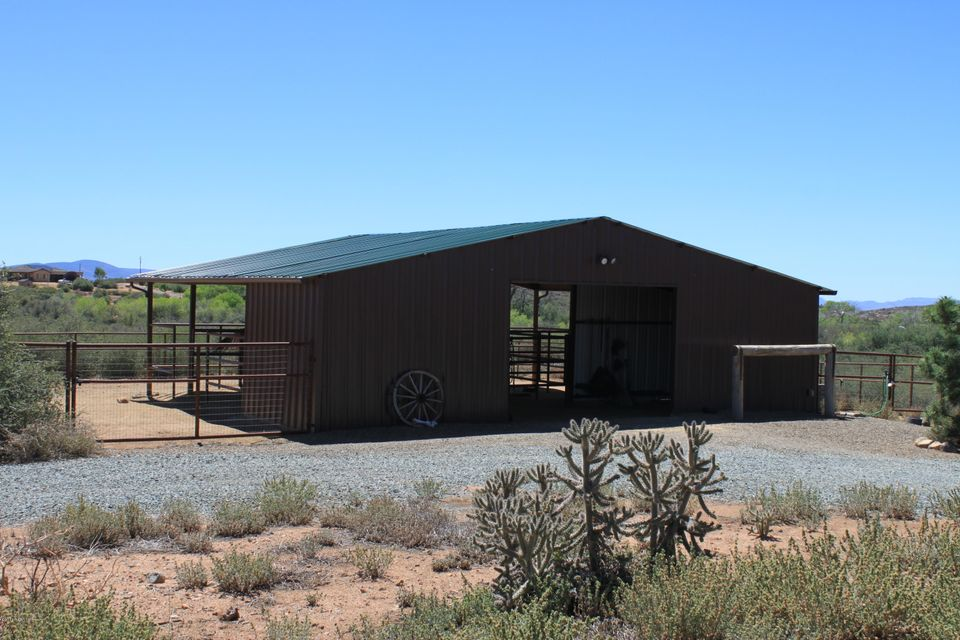 17175 Round Mountain Road Dewey-Humboldt, AZ 86327 - MLS #: 1013089