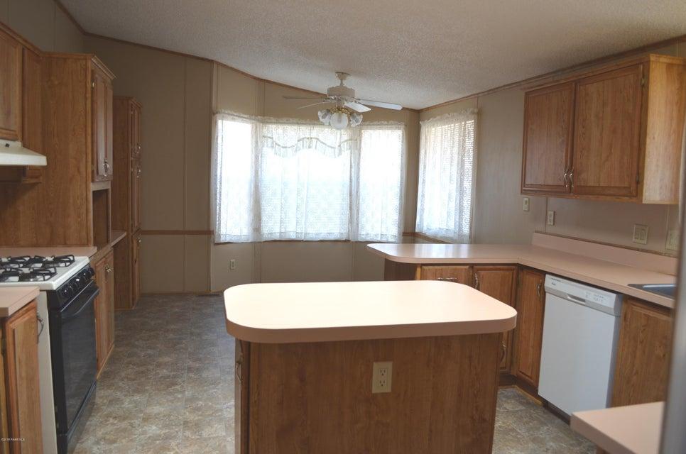 25100 Cottonwood Lane Paulden, AZ 86334 - MLS #: 1010918