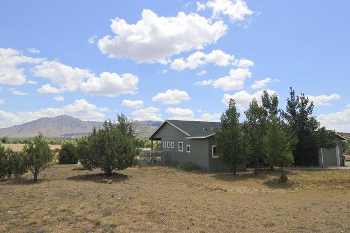 5460 W Stazenski Road, Prescott, AZ 86305