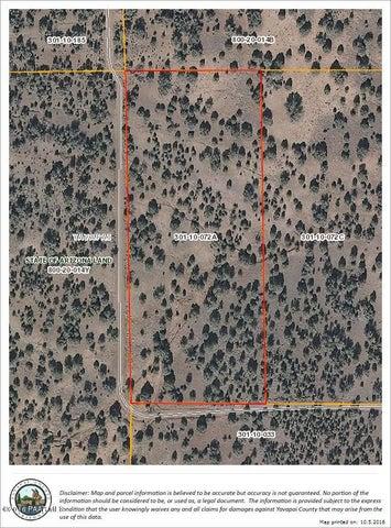 32 N Trout Creek Trl, Seligman, AZ 86337
