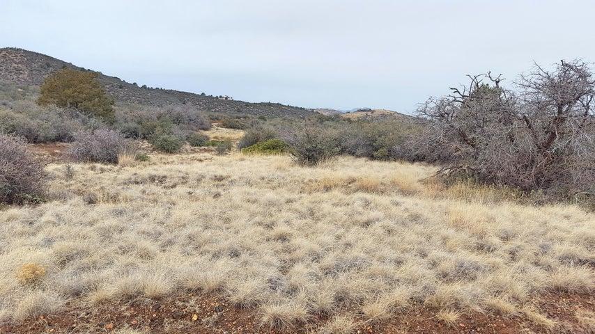 B-1 Off E Vista Del Oro, Prescott, AZ 86303