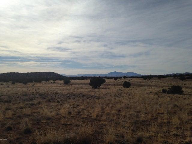 0 Headwaters Ranch, Seligman, AZ 86334