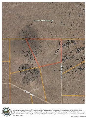 1246 N Sandy Faye Way, Seligman, AZ 86337