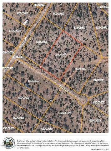 30134 W Alpia Circle, Seligman, AZ 86337