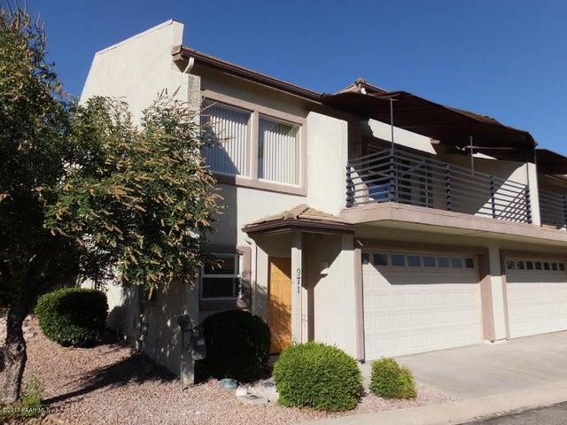 971 N Fairway Drive, Dewey-Humboldt, AZ 86327