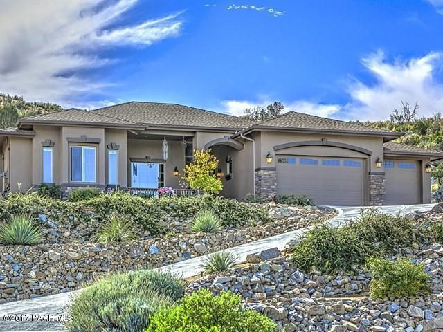 Custom StoneRidge Golf Community Carrington Home with Panoramic Views and Large Fenced .90 Acre Lot, Beautiful Quality Upgrades Throughout!