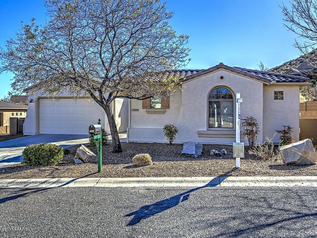 Nice Highly Desired Spanish Summit Plan with Brand New Exterior Paint, Good Corner Location w/ Mountain View.