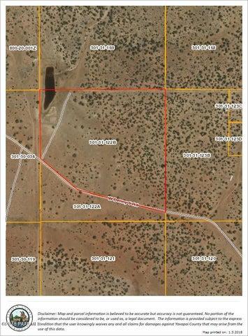 21 Denney 5 Road, Seligman, AZ 86337
