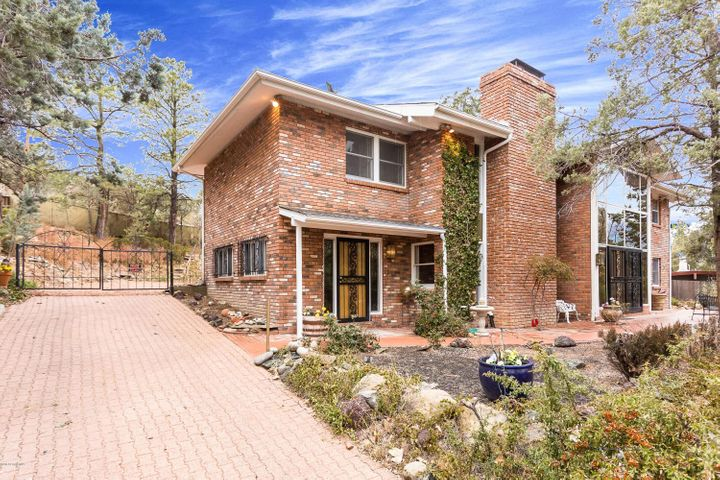 1211 Country Club Drive, Prescott, AZ 86303
