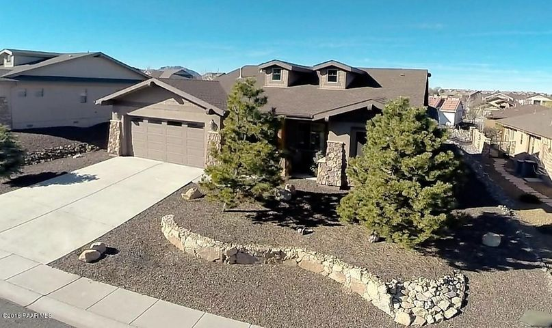 Semi-Custom home located in Prescott