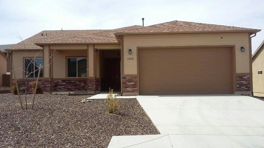 4252 N Pembroke Street, Prescott Valley, AZ 86314