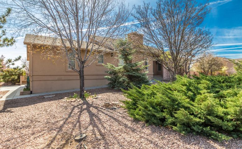 5697 N Honeysuckle Road, Prescott, AZ 86305