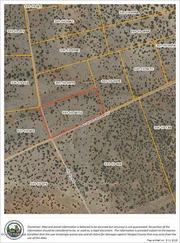 83 W Antelope Drive, Seligman, AZ 86337
