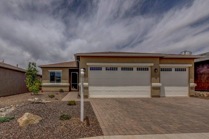894 N Diaz Street, Dewey-Humboldt, AZ 86327