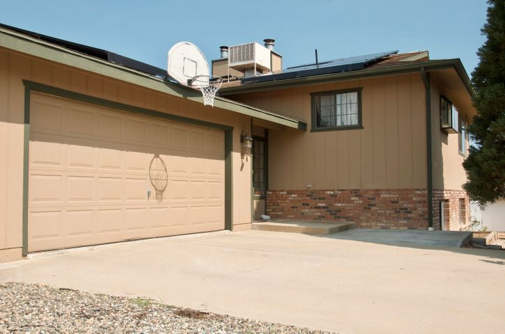500 N. Hopi Trail could be just the home for you!