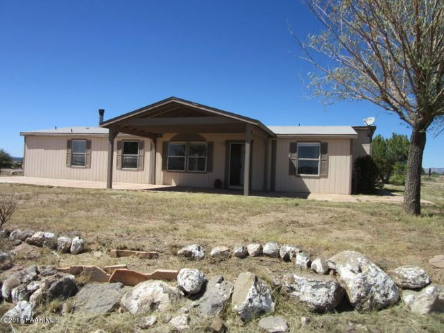 22450 N Quen Sabe Lane, Paulden, AZ 86334