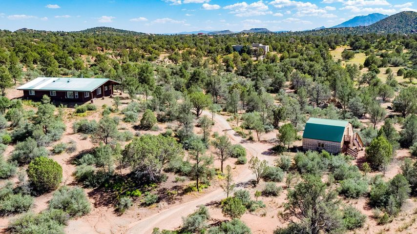 An Oasis of Natural Serenity minutes from downtown Prescott