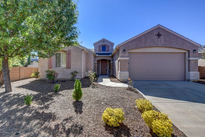 1038 Cloud Cliff Pass, Prescott Valley, AZ 86314