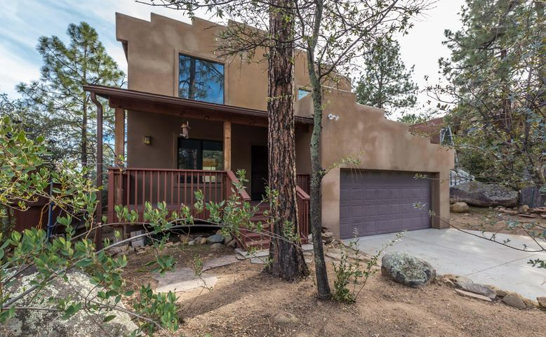 Unique Santa Fe Style home in the Mile High Subdivision of Prescott