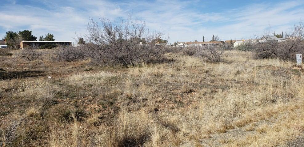 15892 S Chestnut Lane, Cordes Lakes, AZ 86333
