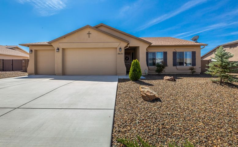 2671 Solar View Drive, Chino Valley, AZ 86323