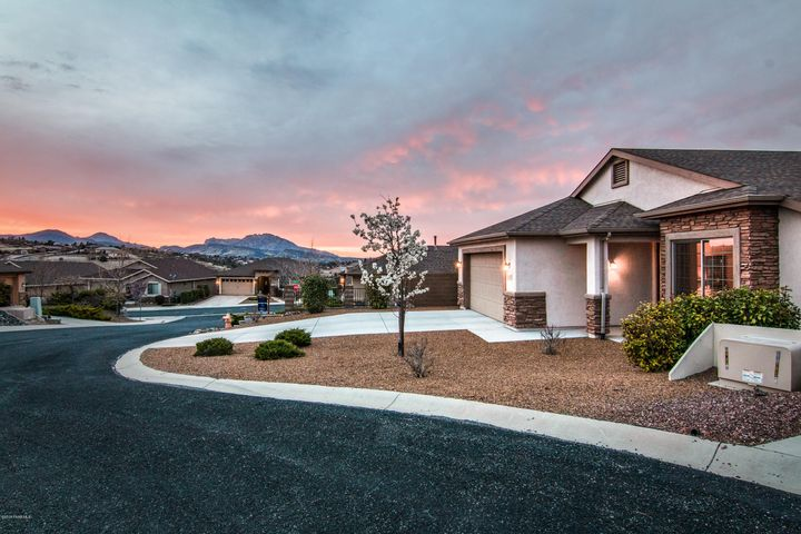 1607 Cool Breezes Lane, Prescott, AZ 86301