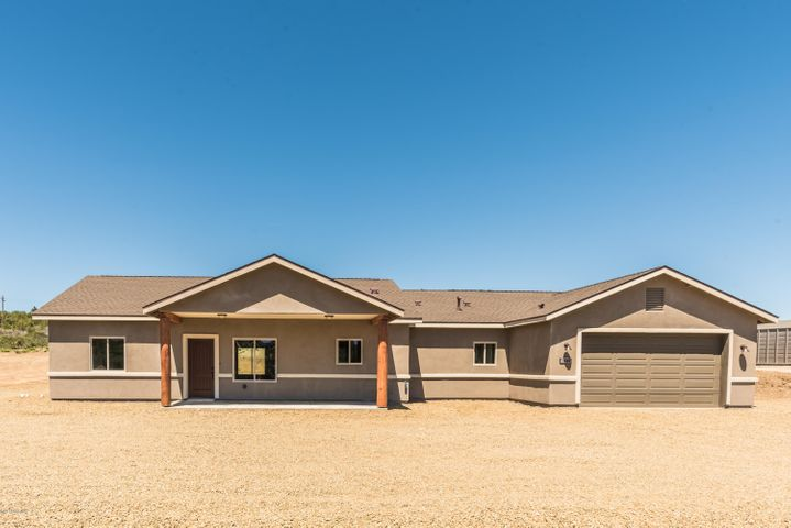 13560 E Serene Valley Way, Mayer, AZ 86333