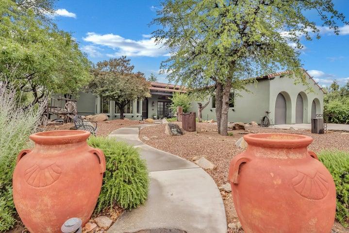 8615 N Live Oak Drive, Prescott, AZ 86305