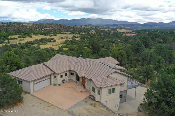 17542 S Pinon Lane, Peeples Valley, AZ 86332