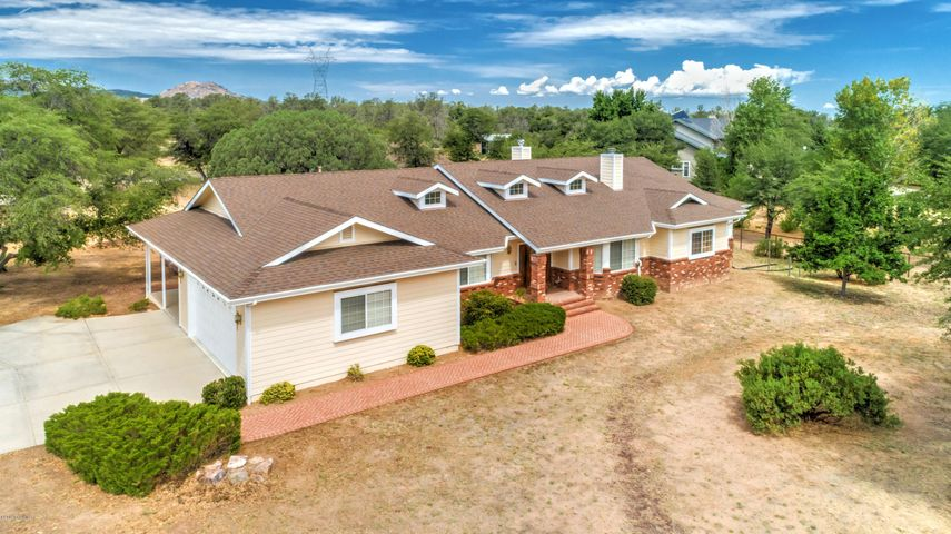 8675 N Oak Forest Drive, Prescott, AZ 86305