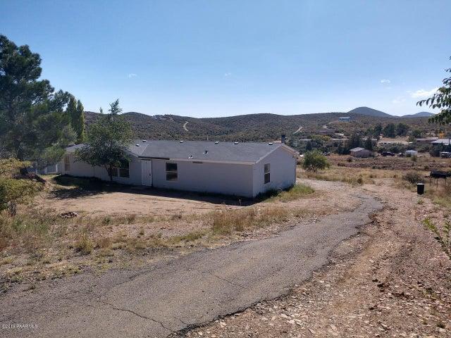 11215 E Henderson Road, Dewey-Humboldt, AZ 86327