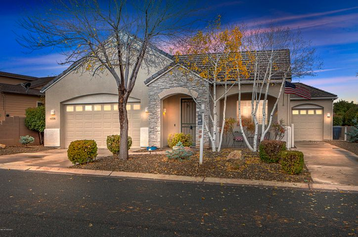 StoneRidge Golf Community Single Story Glassford Plan with Panoramic Mountain & Golf Views, Updated Throughout + 3 Car Garage! 2606 SqFt.