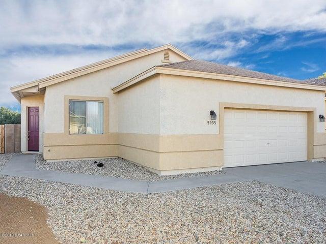 5935 N Brindle Court, Prescott Valley, AZ 86314