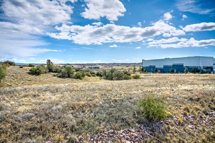 2130 Centerpointe West Drive, Prescott, AZ 86301