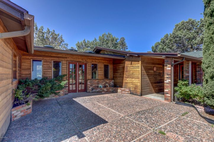 Very charming and inviting home, tucked away, sheltered by the mature trees.