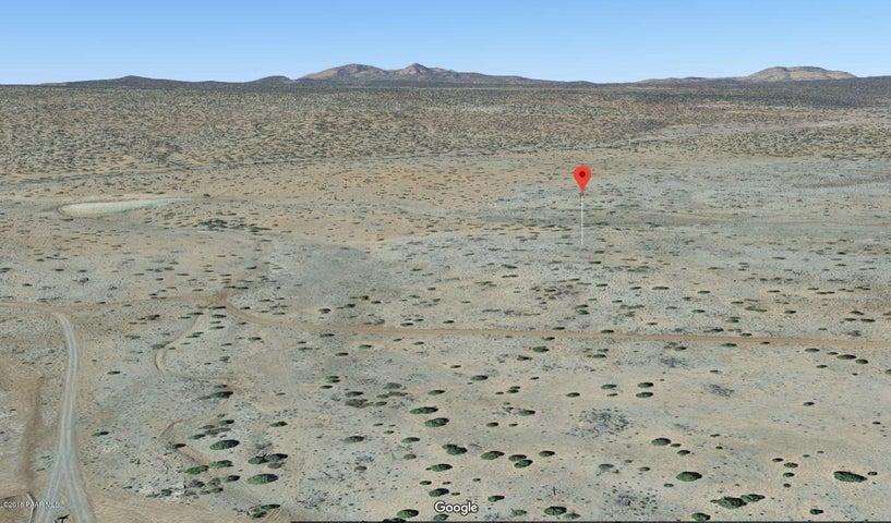 0 N 142nd Way, Seligman, AZ 86337