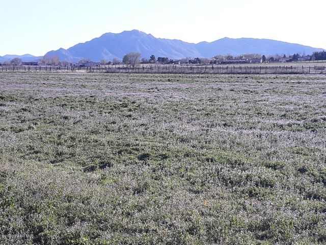 584 W Rd 1, Chino Valley, AZ 86323