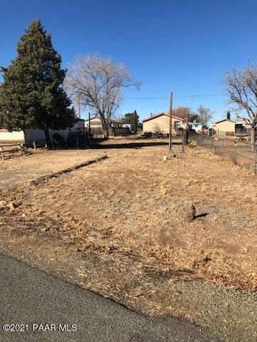 4438 W Mobile Circle, Prescott Valley, AZ 86314
