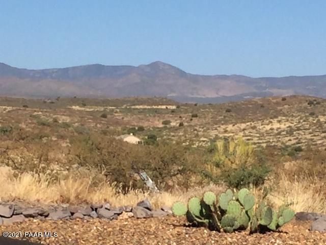 15385 E Countryside Road, Mayer, AZ 86333
