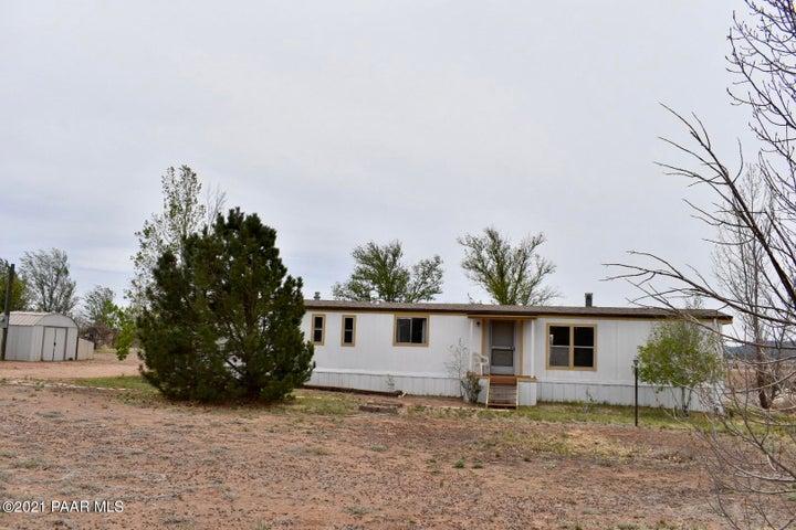 1605 W Antelope Circle, Paulden, AZ 86334