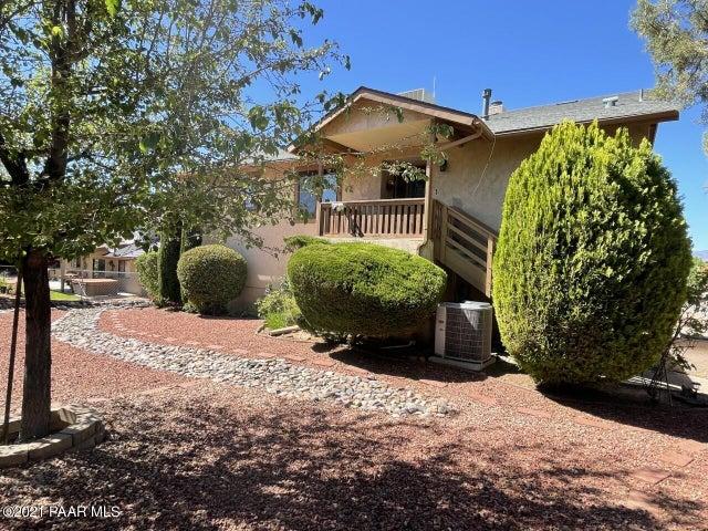588 N Cinch Ring, Dewey-Humboldt, AZ 86327