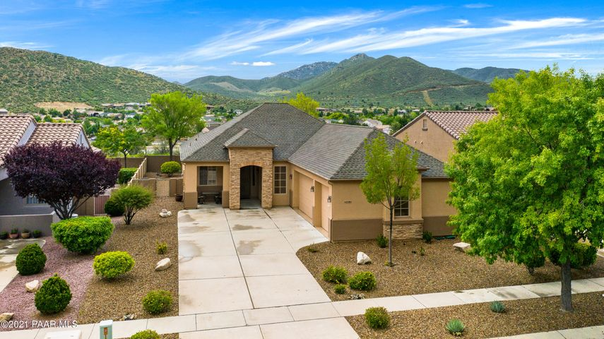 Fabulous Stoneridge Mountain View Home! The front faces greenbelt and the back is like a painting!